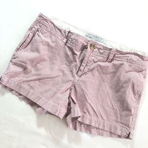 8 Old Navy Low-Rise Striped Pattern Shorts